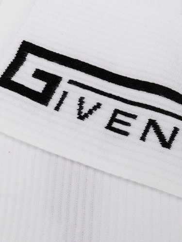 Picture of Givenchy | Socks